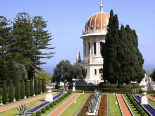 The Baha'i Shrine and Gardens in Haifa, Israel. (©iStockphoto/Thinkstock)