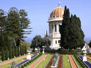 The Baha'i Shrine and Gardens in Haifa, Israel. (©iStockphoto/Thinkstock)